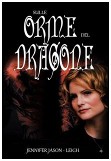 http://cdn.deltapictures.it/images/Pctv/locandine/cinema/revolving/FD_sulle-orme-del-dragone.jpg